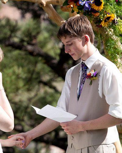 Comment écrire ses voeux de mariage