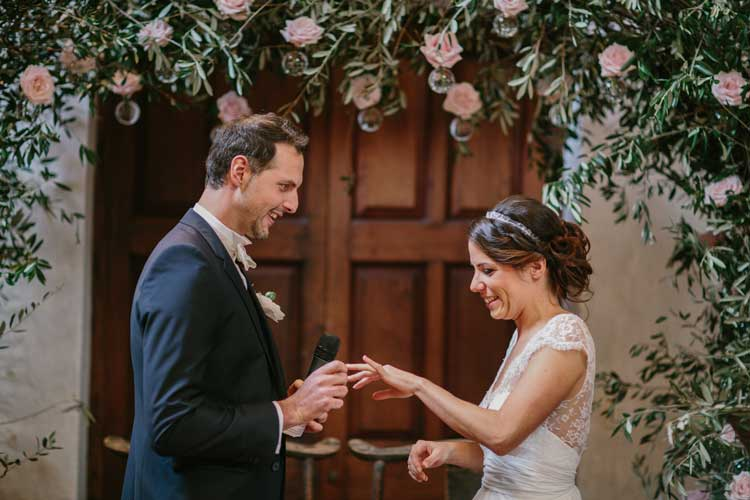 cérémonie-laique-discours-mariés