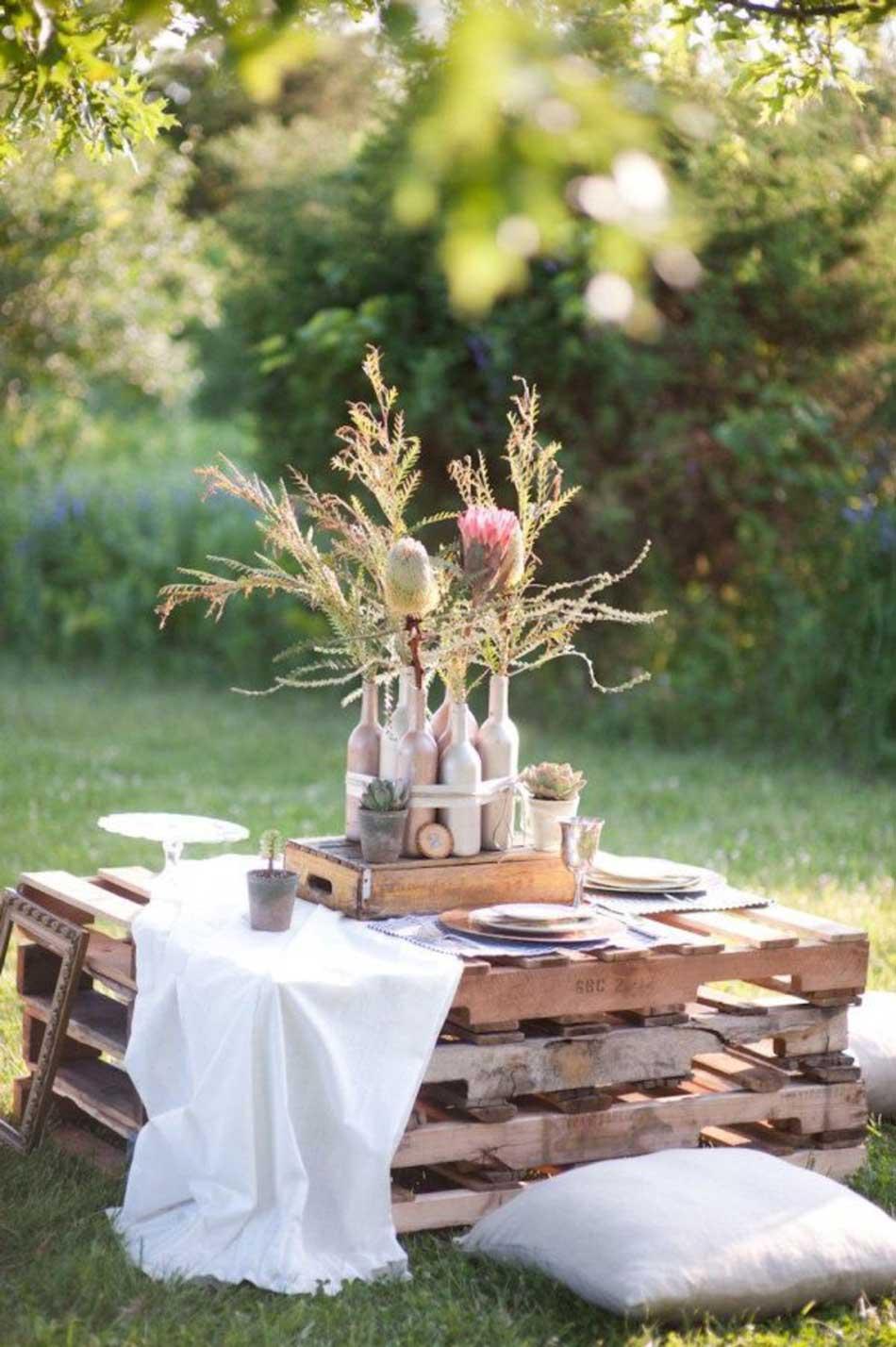 on-se-cree-une-table-d-exterieur-originale-avec-des-palettes-recyclees