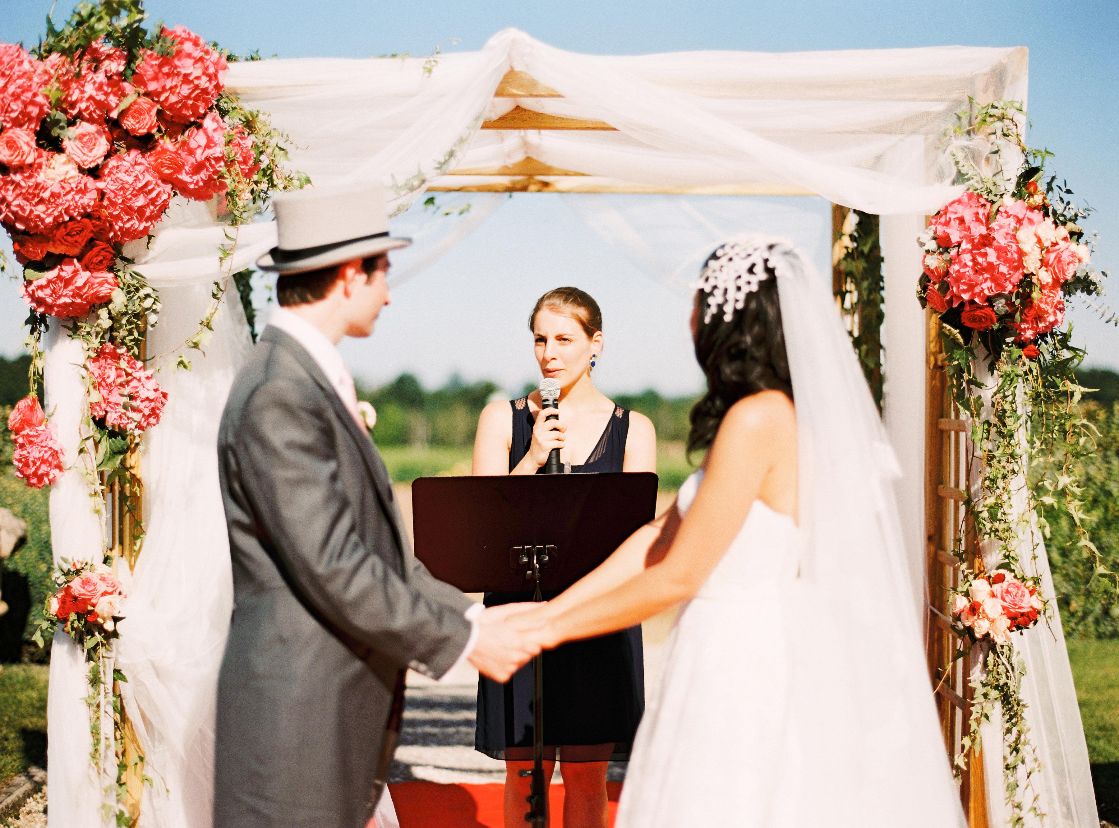 OssaPhoto-cérémonie-bilingue-bilingual-ceremony-officiante